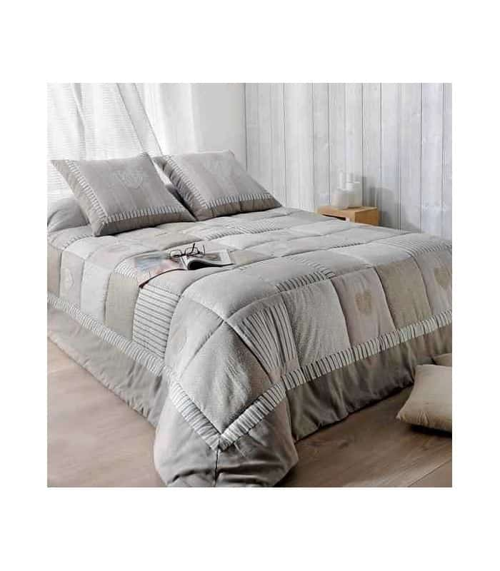 dessus de lit style campagnard patchwork coloris lin et gris. Black Bedroom Furniture Sets. Home Design Ideas