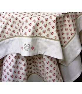 Nappe coton à fleurs brodées et imprimées