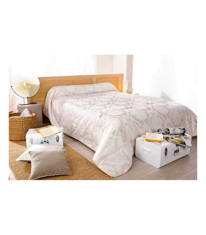 Couvre lit classique au style raffiné
