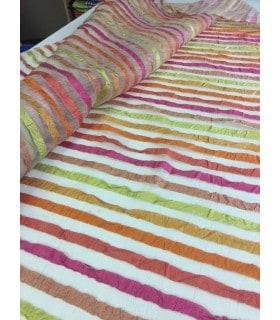 Tissu voile rayé froissé multicolor