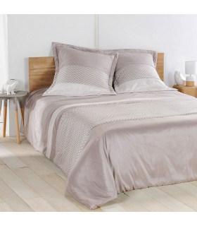 couvre lit couette écru et beige