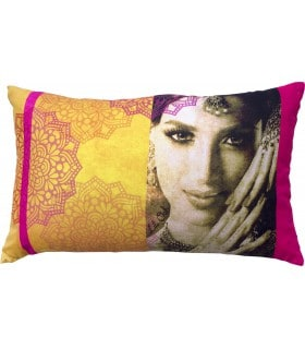 Coussins portrait de femme indi safran