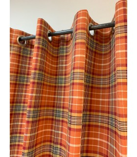 Rideau ecossais orange et rouge