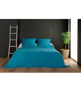 Jeté de lit turquoise capitonné style boutis