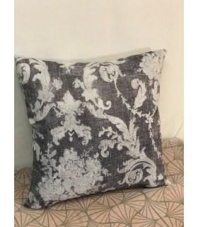 Housse de coussin motif baroque